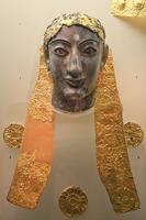 Голова хризэлефантиновой статуи Аполлона, VI век до н.э. Дельфы, музей