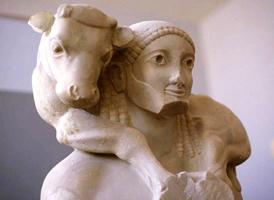 Мосхофор (несущий тельца). Музей Акрополя. Афины. VI в. до н.э.